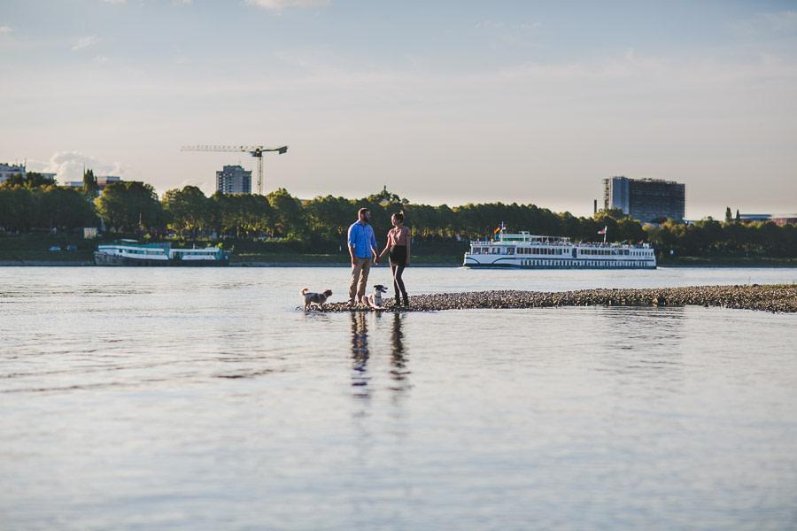 Paarshooting am Rhein mit Hunden