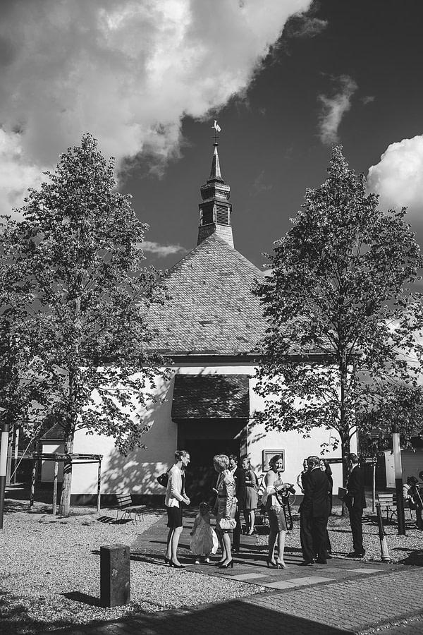 Kleine weiße Kapelle in Meerbusch Büderich