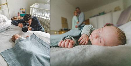 Babyfotograf Vladi fotografiert ein schlafendes Baby auf dem Bett